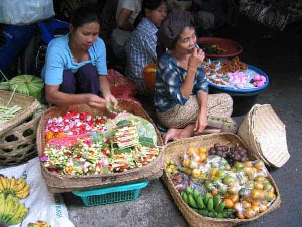 Fruit sellers at Ubud Market, Bali.