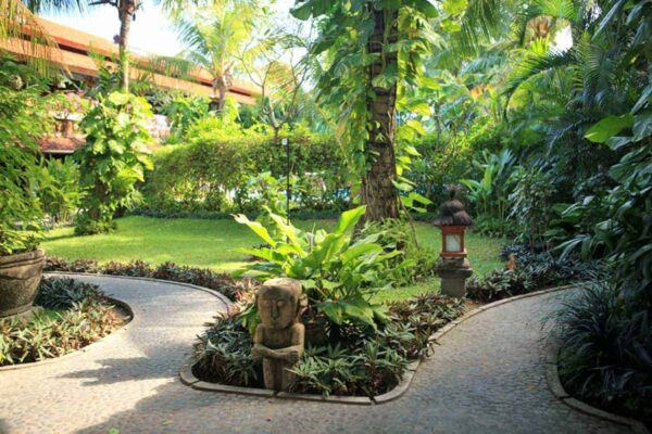 Gardens at Stoked Surf School, Bali.