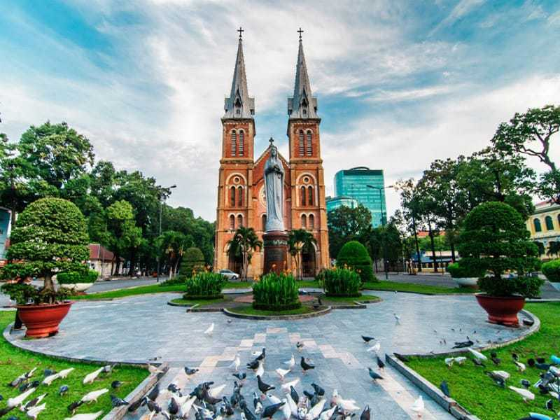 Notre-Dame Basilica Saigon, Vietnam