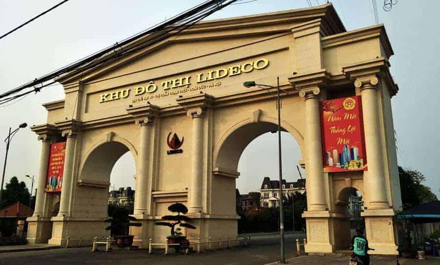 The entrance gateway to Lideco Bac 32