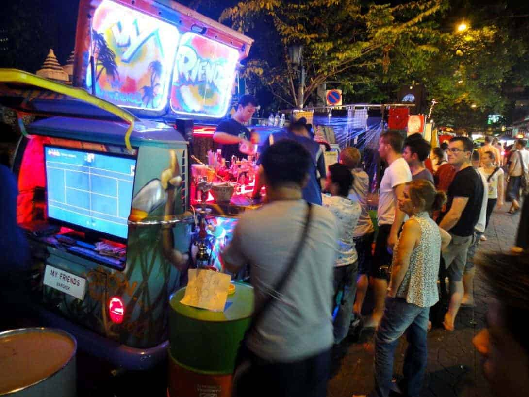 Pop Up Bar in a van on Soi Rambuttri.