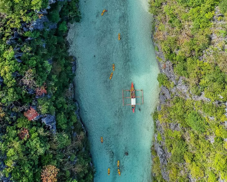 Kayaking and boat trips in El Nido Palawan Philippines