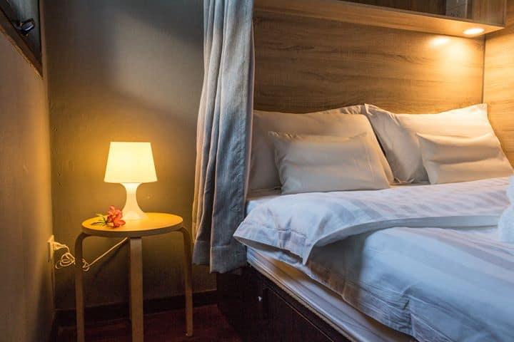 To Bed Poshtel double dorm bed