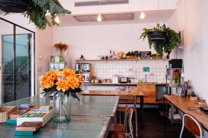 Green Sleep Hostel kitchen