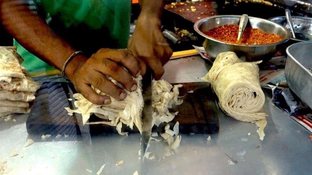 Making Kotthu Roti