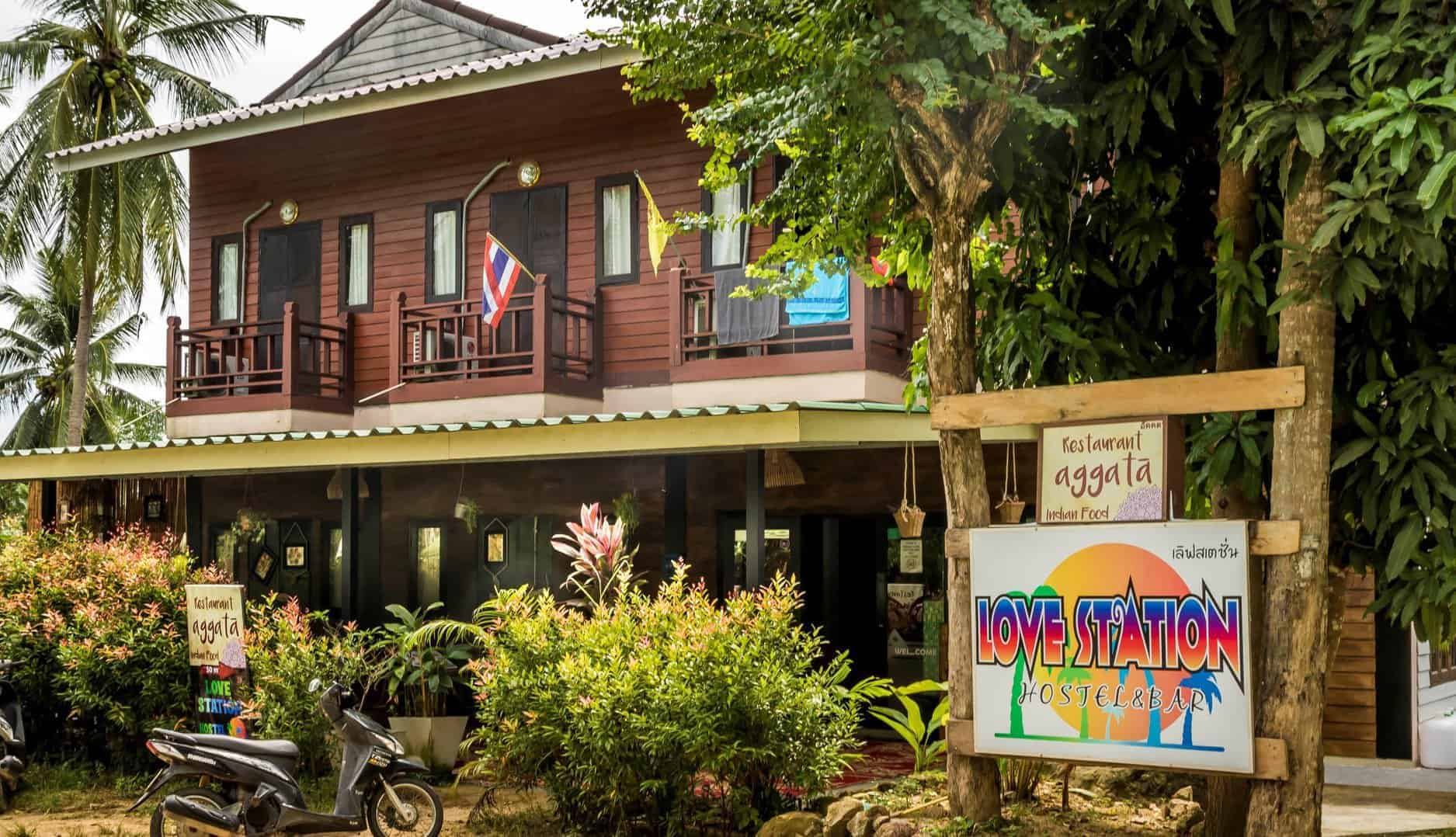 Love Station Hostel Koh Phangan Thailand