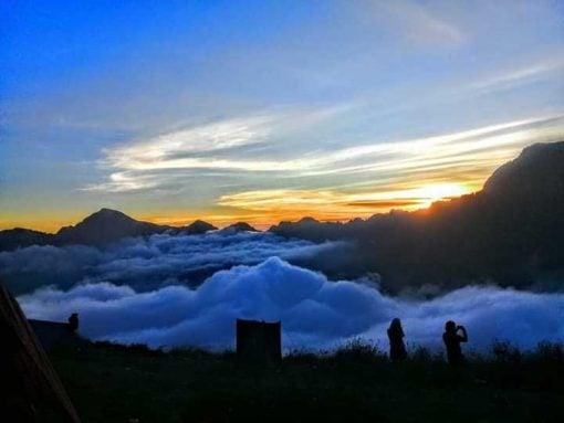 Sunrise views of Gunung Rinjani
