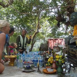 a-guide-providing-information-to-tourists-Khanom-Thailand.jpg