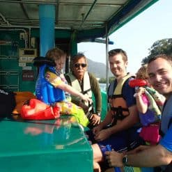 more-group-of-tourists-on-the-boat-Khanom-Thailand.jpg