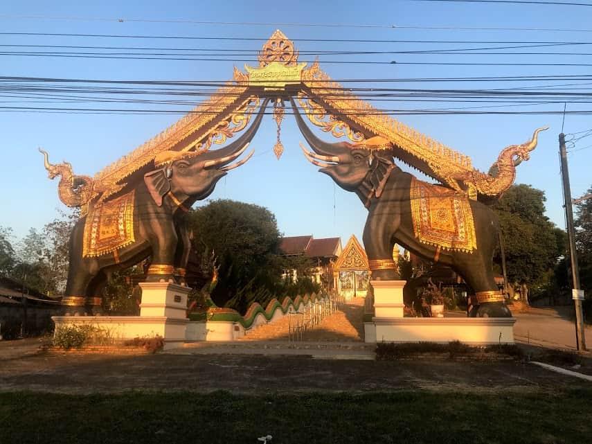 Wat Don Kaeo, Thailand