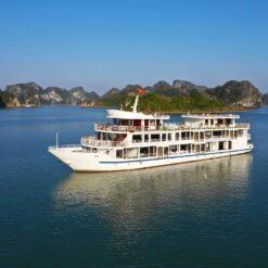 Lan Ha Bay, Vietnam.