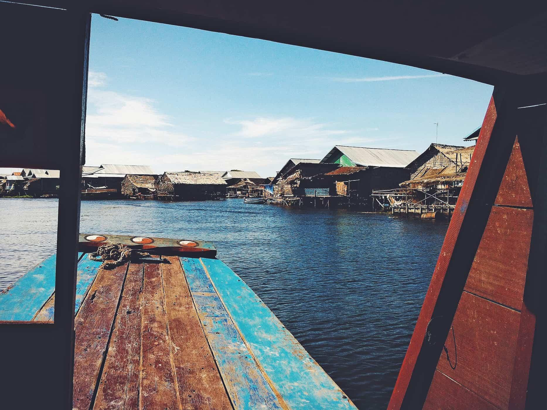 Entering the floating village, Tonlé Sap.