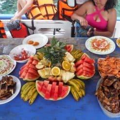 Lunch on El Nido Island Hopping tour