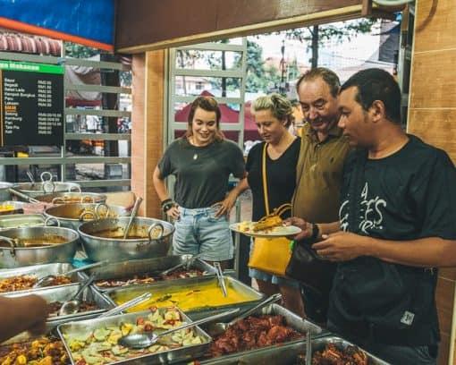 People on food tour