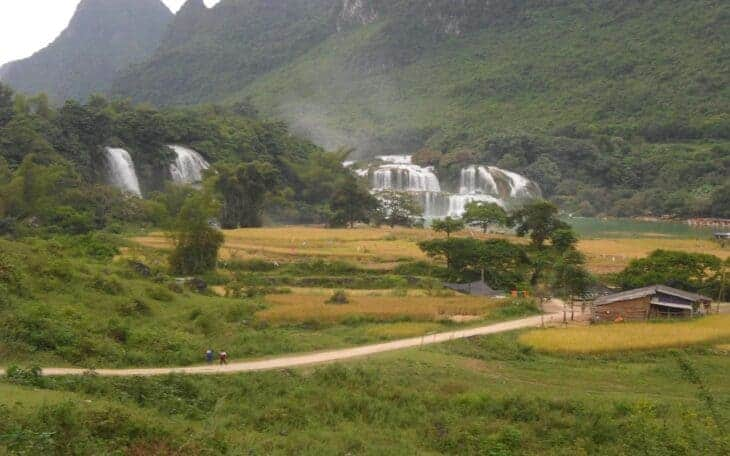 Bam Gioc falls and surrounding scenery.