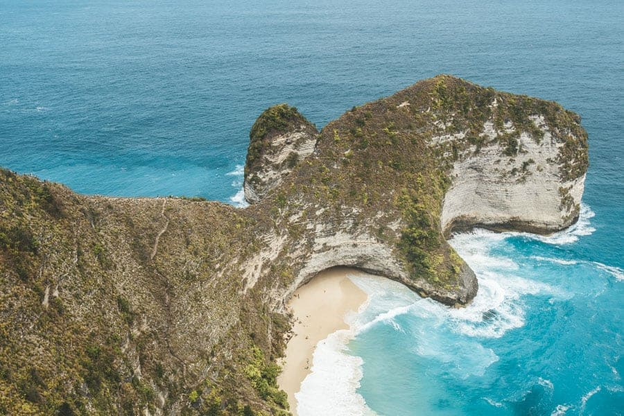 'T-Rex' rock formation at Kelingkling Beach viewpoint, Nusa Penida, Bali.