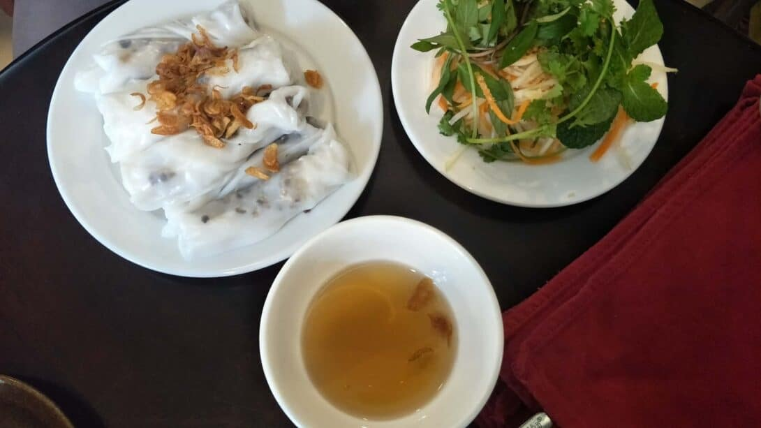 Banh-Cuon-Hanoi-Street-Food
