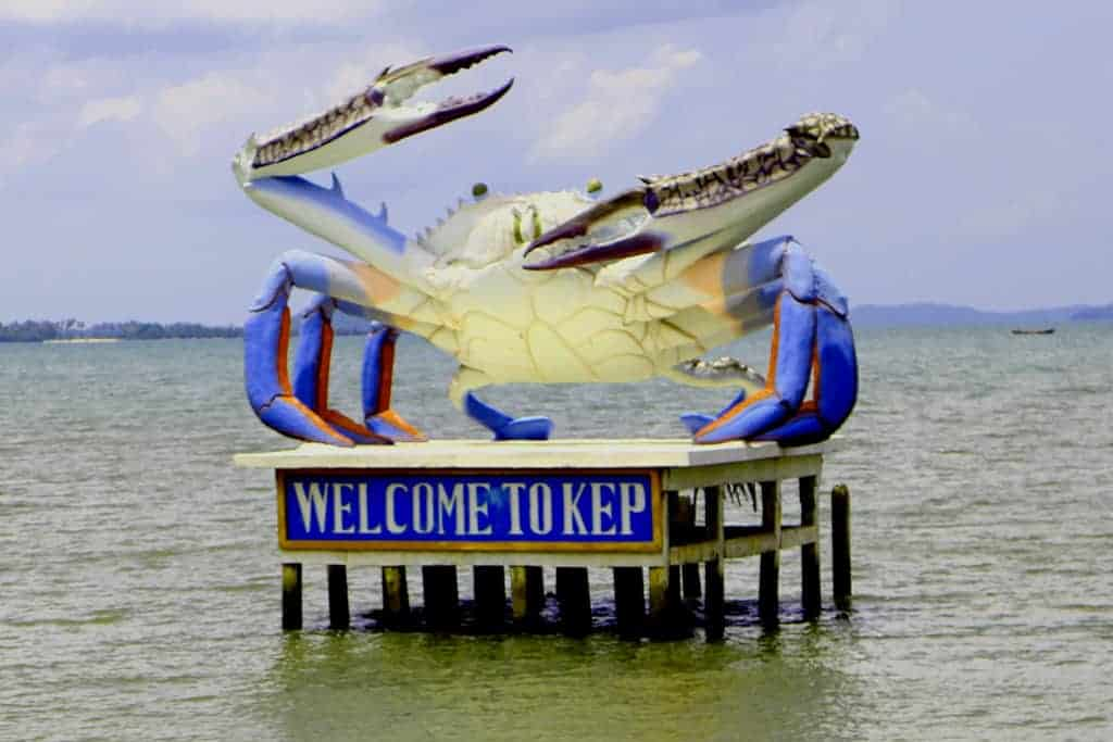 Kep crab statue