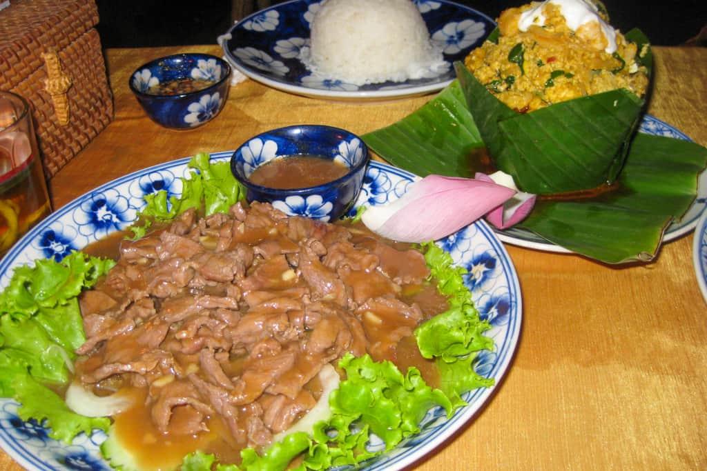 Cambodian Food: Lok Lak